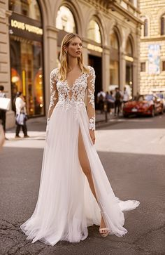 Dive into the summer wedding charm in magnificent Florence Romantic Bohemian Wedding Dresses, Country Style Wedding Dresses, Wedding Dresses Plus Size, Wedding Party Dresses, Bridal Dresses, Formal Dresses, Lace Wedding Dress With Sleeves, Long Sleeve Wedding, Dressy Casual Wedding