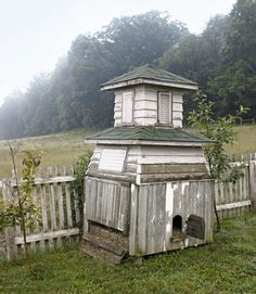 An old cupola finds new life as a chicken coop on the stunning grounds of an Ohio farmhouse.