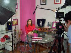 Carmen Mª García recibió múltiples visitas durante los dos años en los que las oficinas de la Fundación Woman's Week estuvieron en la calle Sor Angela de la Cruz, incluyendo televisiones: Telemadrid, Informe Semanal de La 1, programa Emprende de 24 Horas, Gestiona Radio, RNE, revista MIA, enfemenino.com, etc., etc.