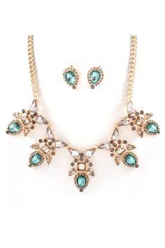 Toni Necklace Set//