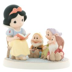 """Amazon.com - Precious Moments Disney Collection """"Gathering Friends Together Is A Wonderful Story"""" Figurine - Porcelain Disney Figurines"""