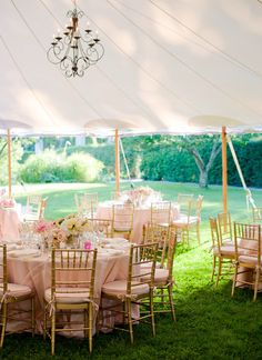 pink and gold outdoor reception decor
