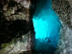 Grotto in tobermory Canada