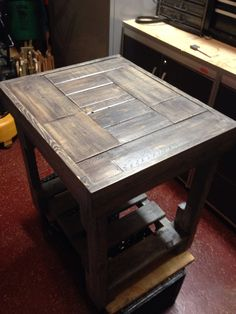 Pallet wood table painted blue and gray