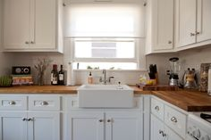 White and wood counters