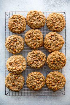 Soft & Chewy Oatmeal Scotchies Cookies // @SallysBakeBlog // Recipe on sallysbakingaddiction.com