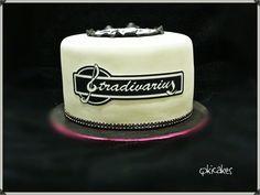 Stradivarius cake