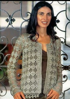 another lovely jacket pattern Crochet Jacket Pattern, Crochet Coat, Crochet Cardigan, Crochet Clothes, Crochet Patterns, Knitting Videos, Free Crochet, Crochet Gratis, Ideias Fashion
