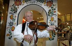 moravský folklor - Moravian folklore European Countries, Czech Republic, Eggs, Polish, Country, Vitreous Enamel, Rural Area, Egg, Country Music