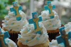 First Communion Cupcakes by DixieBelleCupcakeCafe, via Flickr