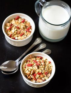 15. Crunchy Quinoa Granola With Goji Berries #healthy #granola #recipes http://greatist.com/eat/homemade-granola-recipes-that-are-healthy