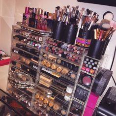 KLAREN Professional 24 Piece All Natural Real Hair Makeup Brush Set - Handle Pcs Cosmetic Beauty Brushes Kit - Make Up Leather Organizer Case / Bag - Cute Makeup Guide Make Up Palette, Makeup Room Decor, Makeup Rooms, Makeup Eraser, Makeup Brush Set, Makeup Sets, Makeup Storage, Makeup Organization, Palette Organizer