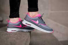Absolutely the most comfortable and cozy things you'll ever put on your feet. Worth every penny! Nike Shoes Cheap, Nike Free Shoes, Nike Shoes Outlet, Cheap Nike, Nike Heels, Nike Wedges, Nike Boots, Nike Thea, Air Max Sneakers
