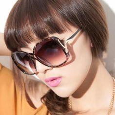 Sunglasses Black Diamond, Diamond Rings, Sunglasses Women, Vacation, My Style, Fashion, Moda, Vacations, La Mode