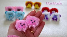 hand embroidery amazing trick# easy trick to make woolen flower with scale# wool flower - Free Online Videos Best Movies TV shows - Faceclips Easy Yarn Crafts, Pom Pom Crafts, Flower Crafts, Diy And Crafts, Crafts For Kids, Easy Hair Bows, Making Hair Bows, Diy Hair Accessories Ribbon, Craft Gifts