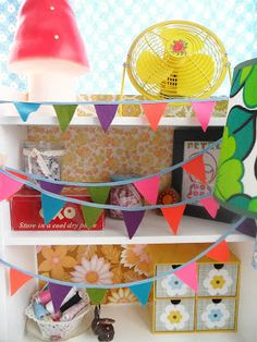 Teawagontales: a quick little how to ..felt bunting ....