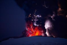 2010 Eyjafjallajökull volcanic eruption, Iceland. PH ©Ragnar Th. Sigurdsson TIME.com