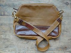 Across body style Messenger / Tablet bag - Stunning real Italian Leather - Brown / Tan / Camel 2 tone.Internal zip pocket. Detachable straps