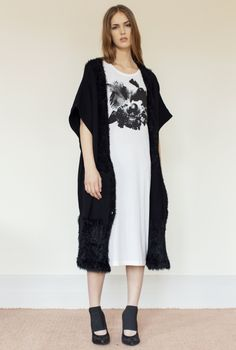 CARDIGAN/PONCHO SEPAL FLUFF KNIT BLACK in the group All items / Dresses at Rodebjer Form AB (1200021999)