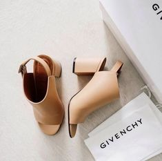Givenchy booties | Skirt the Ceiling | skirttheceiling.com
