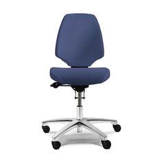Activ kontorstol fra RH er en klassisk serie af arbejdsstole. Fås i flere varianter og er alle ergonomiske og meget populære.  #kontorstol #ergonomi