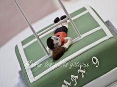 Rugby field cake