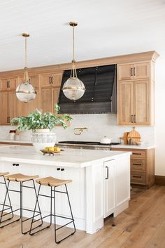 Natural Wood Kitchen Design - Studio McGee - - Our latest kitchen design inspired by natural elements. Diy Kitchen Cabinets, Kitchen Tops, New Kitchen, Kitchen Interior, Green Cabinets, Awesome Kitchen, Natural Wood Kitchen Cabinets, Two Toned Kitchen, Kitchen Remodeling