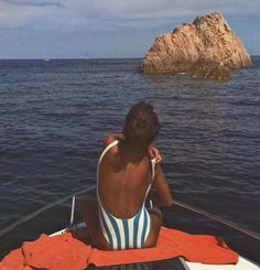 Image about girl in Meu estilo by Summer Vibes, Summer Feeling, The Last Summer, Summer Of Love, Man Summer, Swimsuits, Bikinis, Swimwear, Foto Top