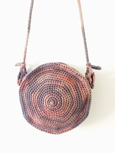 PATTERN for Round Crochet Spiral Purse Boho por TwoOfWandsShop