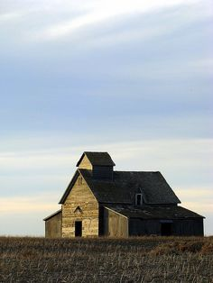 Old barn on the prairie.  Photo by Lilypon_SK.