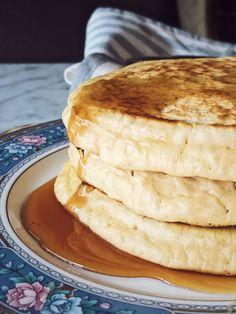 olive oil pancakes recipe Gourmet Recipes, Baking Recipes, Dessert Recipes, Italian Desserts, Italian Recipes, Cooking With Olive Oil, Tasty, Yummy Food, Recipe Box