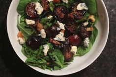 this warm balsamic fig salad (with blue cheese and bacon!) is the perfect way to ease into fall cooking!