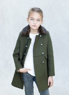 #abrigo #manteau #coat #zara #vestido #niña #estilo #elegante #dress #girl #style #elegant #robe #fille #élégant #mode #fashion #Little #fashionista #kids #Street #style #cool #look #formal #wear