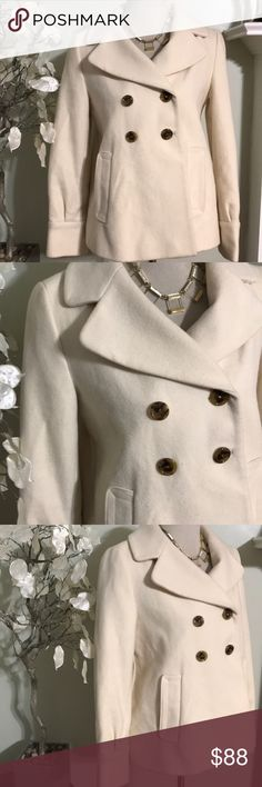 BANANA REPUBLIC WOOL COAT Amazing beautiful winter coat , excellent quality, warm and comfortable, made if wool and nylon , fully lined with 100% acetate , perfect condition Banana Republic Jackets & Coats Trench Coats