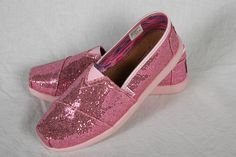 Pink Keds - $21.99 @ Shoe Warehouse Shoe Warehouse, Show Me The Money, Kid Styles, Life Changing, Country Living, Keds, Sparkles, Mall, 21st