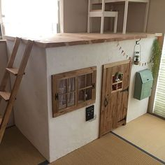 Kids room ideas – Home Decor Designs Diy Cardboard Furniture, Kids Furniture, Box Houses, Play Houses, Cardboard Houses For Kids, Snug Room, House Template, Home Daycare, Kid Spaces