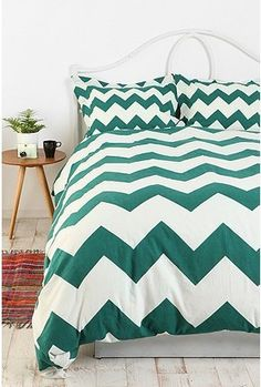 chevron comforter that I want for my new room!