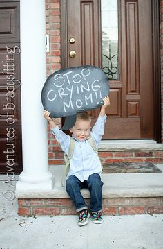 If it's your little one's first day of school ever, you may be a bit emotional. But this photo idea from Banana Pancakes Blog is an easy way to keep you from crying. Source: Banana Pancakes Blog