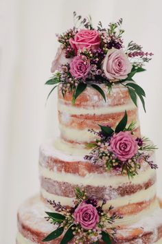 Naked Cake Love ❤ You are in the right place about xhosa traditional wedding cakes Here we offer you the most beautiful pictures about the sesotho tra Summer Wedding Cakes, Themed Wedding Cakes, Cake Wedding, Summer Weddings, Naked Wedding Cake Recipe, Wedding Gifts, Wedding Cake Fresh Flowers, Vegan Wedding Cake, Buttercream Wedding Cake