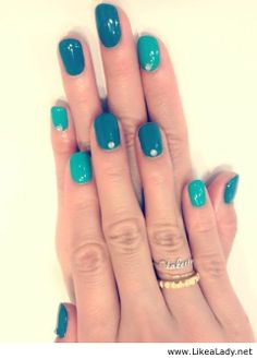 Awesome blue nails
