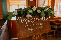esküvői üdvözlő tábla greenery stílusban, greenery esküvő, greenery esküvői dekoráció