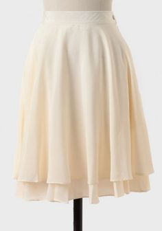 Dove Islet Tiered Skirt In Ivory | Modern Vintage Bottoms | Modern Vintage Clothing