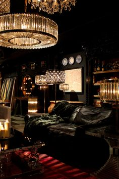 Timothy Oulton flagship store in Amsterdam - Michelin star at Timothy Oulton #MySecretBar