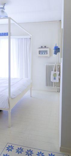 Νησί και Project Γάιδαρος !!! | NEANIKON Toddler Bed, Furniture, Home Decor, Child Bed, Decoration Home, Room Decor, Home Furnishings, Home Interior Design, Home Decoration