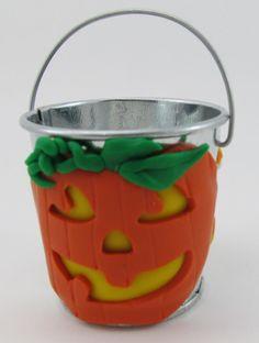 Halloween mini bucket by ClayHoliday on Etsy, $8.50