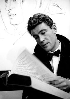 Peter O'Toole. This is the closest thing to a celebrity crush I will ever have.