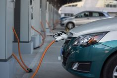 Florida utility to install electric car-charging stations Electric Charging Stations, Car Charging Stations, E Mobility, Ad Car, Custom Trucks, Classic Cars, Automobile, Pickup Trucks, Electric Vehicle
