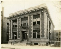Bell Telephone Co. building, Covington, KY,  c.1930 #CincyBell #CincyMuseum  Source: http://library.cincymuseum.org
