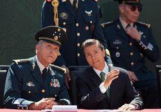 MÉXICO, D.F. (apro).- El presidente Enrique Peña Nieto eximió de toda culpa a elementos de la Marina, Ejército y Policía Federal en la desaparición de los 43 normalistas de Ayotzinapa, Guerrero, e ...