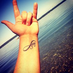 I want this infinity tattoo with Joy (my grandmas signature) either on my foot or my shoulder!
